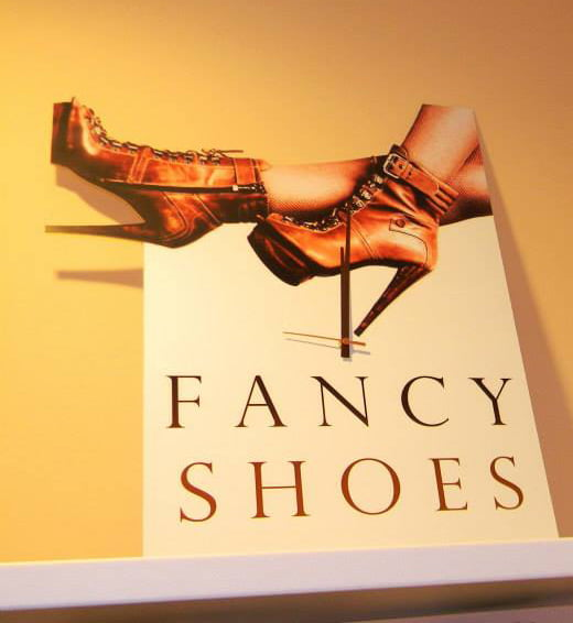 Fancy shoes ceas de perete
