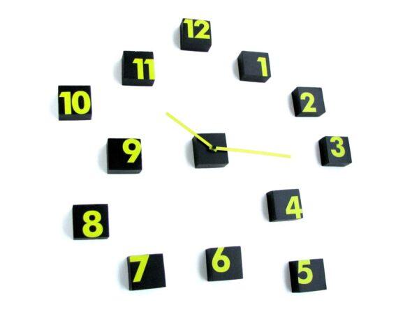 Random time cifre galbene