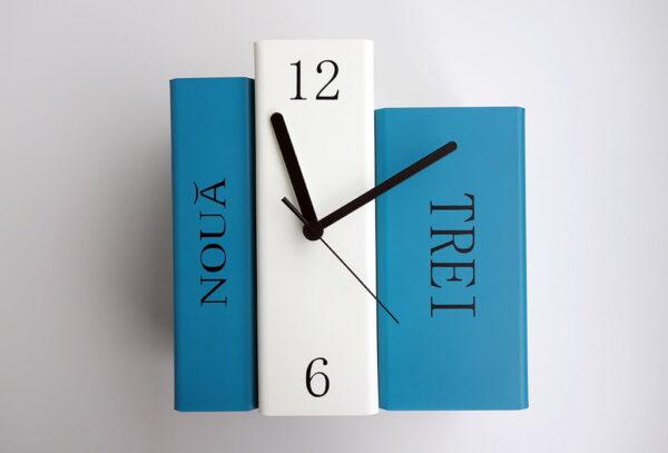 ceas de biblioteca