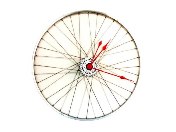 roata bicicleta ceas limbi rosii
