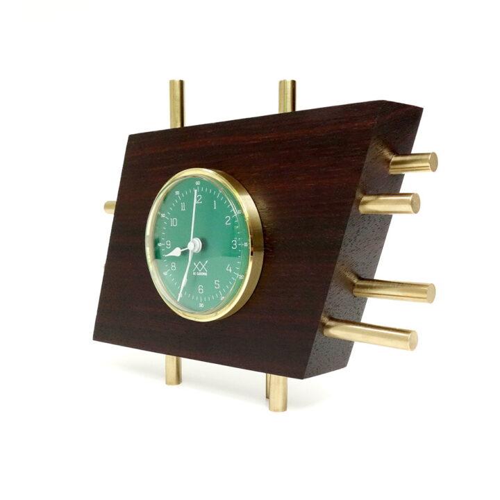 OЯRO III verde orizontal Art Deco