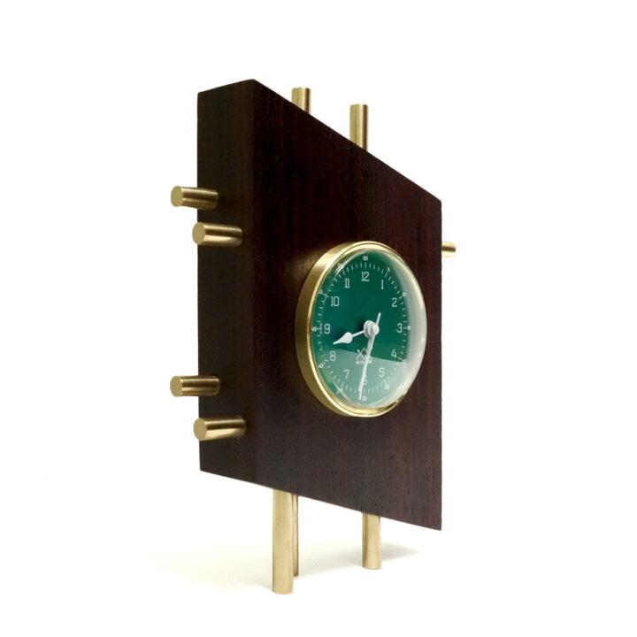 OЯRO III verde vertical unghi
